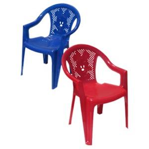 138 - Пластикові меблі