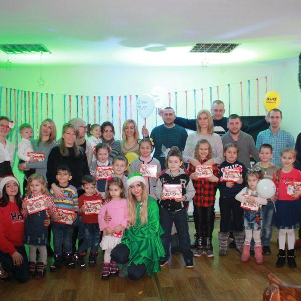 49203522 1343522472455524 5133527697397383168 o 600x600 - Компания ПИК подготовила Новогодний подарок всем нашим детям